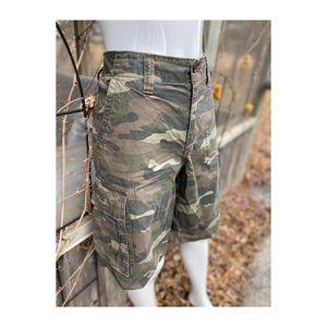 Men's Camouflage Cargo Shorts Sz 34